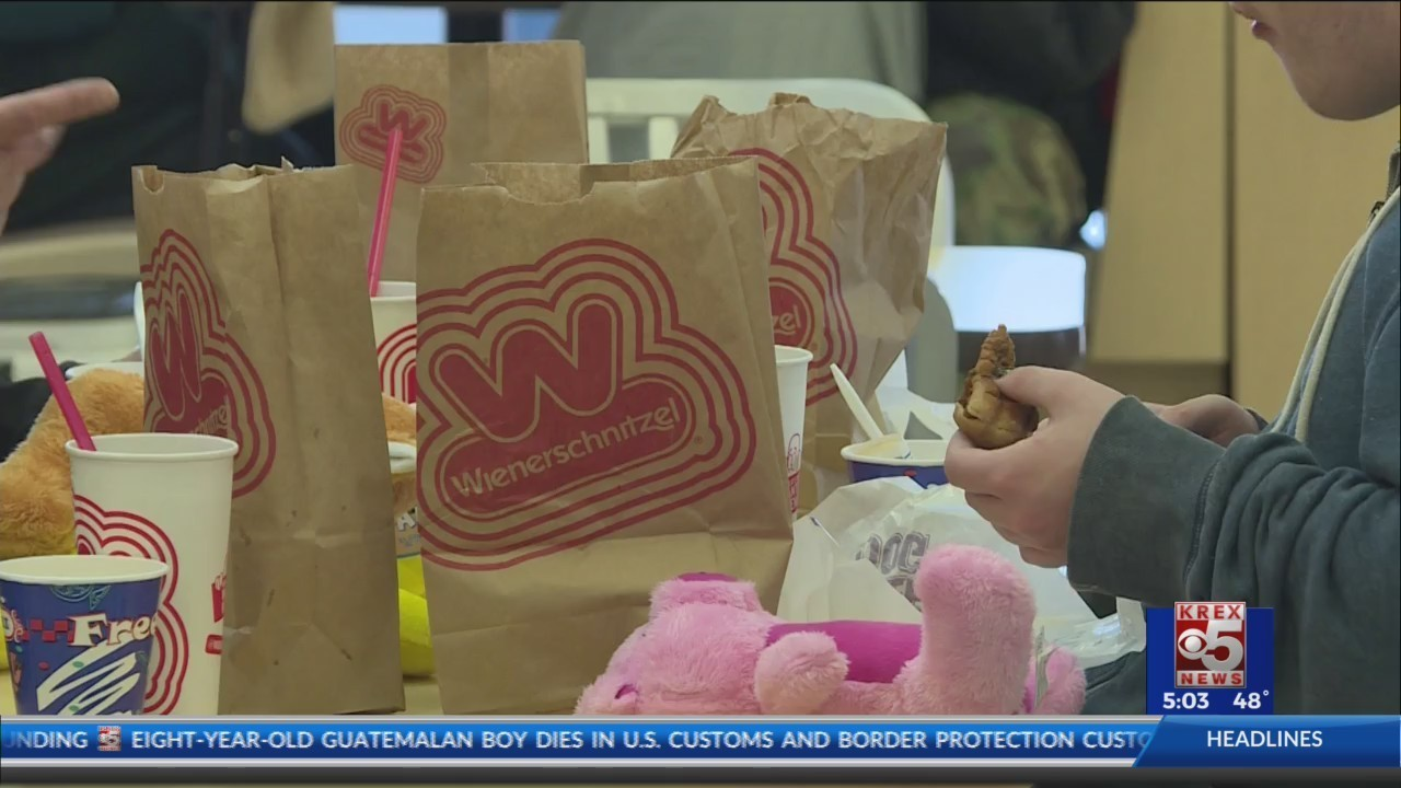 Wienerschnitzel Express Offers Free Meals On Christmas Day